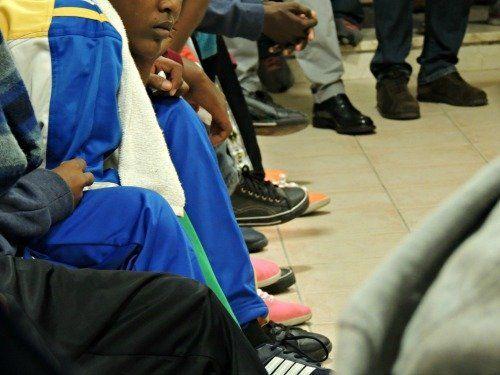 Accolti a Caltagirone 33 minori provenienti da Lampedusa, dopo una giornata infinita. Breve cronistoria