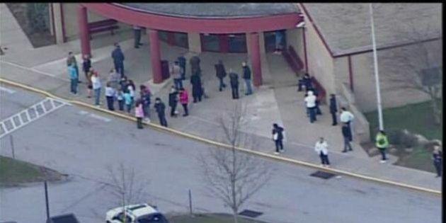 Pennsylvania, studenti accoltellati a scuola: venti feriti, sette gravi. Fermato un