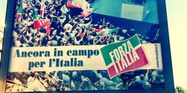 Forza Italia, il ritorno: a Milano compaiono i primi cartelloni