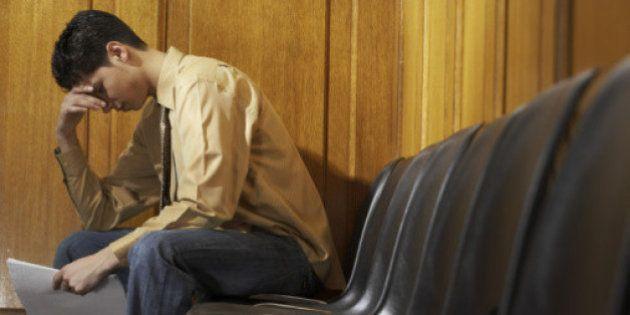Disoccupazione giovanile record al 41,6%, mai così alta dal 1977. In Italia 3 milioni 254 mila di