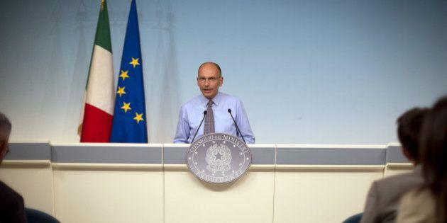Governo, Enrico Letta al lavoro i ministri in vacanza: così il premier dimostra di voler continuare a...
