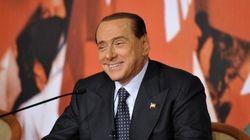 Toni bassi dopo Ruby, Berlusconi chiede ai suoi di sondare il Colle sulla grazia. Pronto anche un libro: La mia