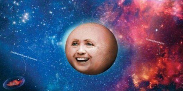 Hillary Clinton, New York Times Magazine la mette in copertina in versione pianeta. La rete si scatena