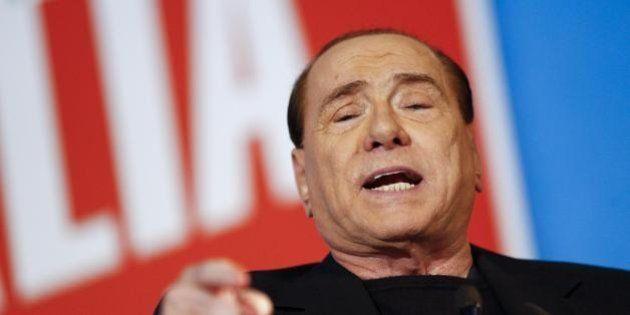Berlusconi rompe la tregua con Renzi: