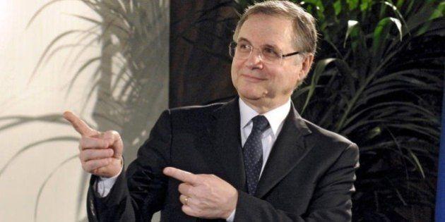 Ignazio Visco punta il dito contro politica, imprese e sindacati.