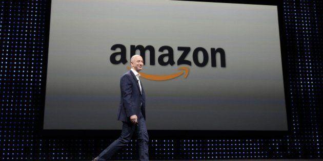 Francia, passa legge salva-librerie per frenare strapotere di Amazon. Stop a spedizioni gratis per libri