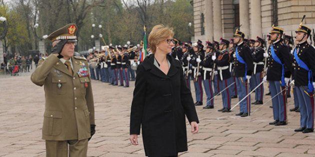Forze armate e F35, la ministra della Difesa Roberta Pinotti: