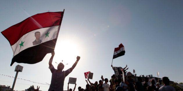 Guerra in Siria: le armi chimiche non convicono Mosca. Serghei Lavrov: