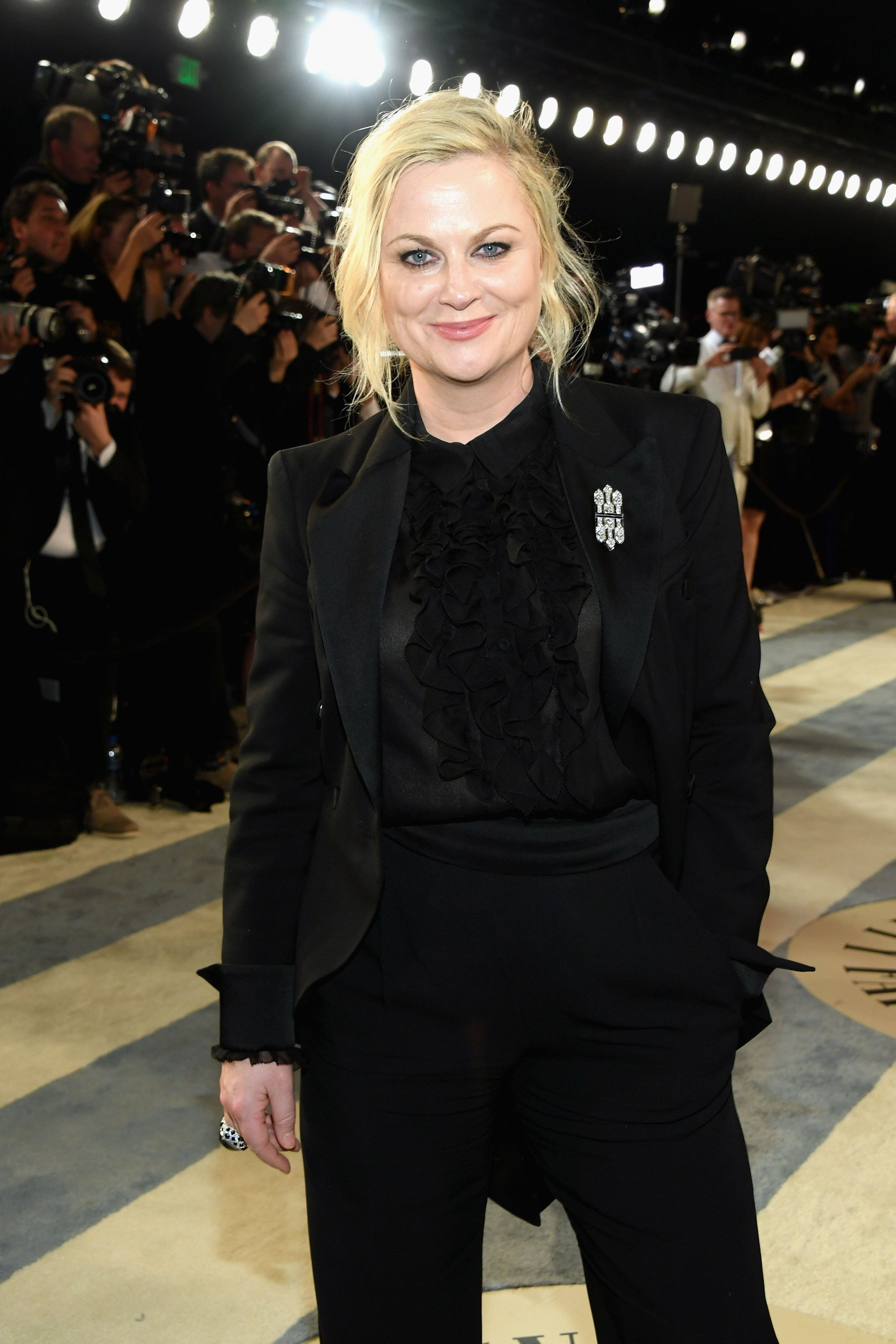 BEVERLY HILLS, CA - FEBRUARY 24:  Amy Poehler attends the 2019 Vanity Fair Oscar Party hosted by Radhika Jones at Wallis Annenberg Center for the Performing Arts on February 24, 2019 in Beverly Hills, California.  (Photo by Mike Coppola/VF19/Getty Images for VF)
