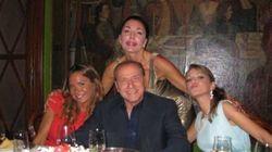 Panico a palazzo Grazioli su Michelle Bonev a Servizio Pubblico. La Pascale e la De Girolamo organizzano una task force per g...