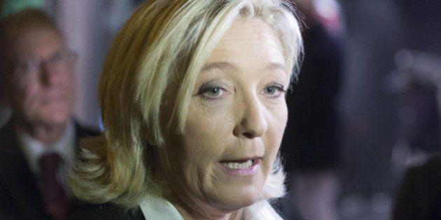 Marine Le Pen loda Matteo Renzi e Silvio Berlusconi, critica Beppe Grillo e conferma l'intesa con la