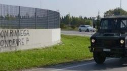 Caso Priebke, sui muri di Udine scritte inneggianti al