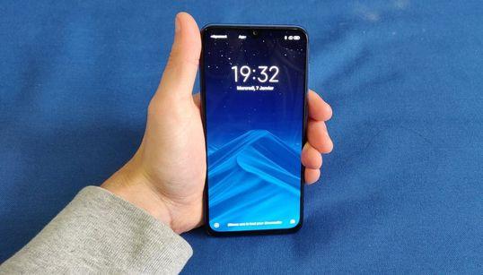 Pour 370 euros, le petit Xiaomi Mi 9 SE fait de grandes