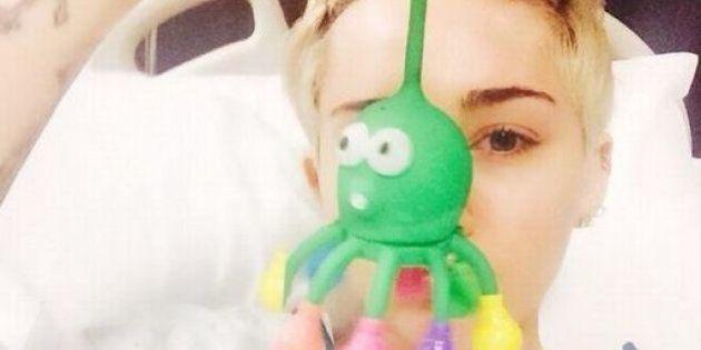 Miley Cyrus in ospedale: allergica agli antibiotici. Salta il concerto di Kansas City del suo 'Bangerz...