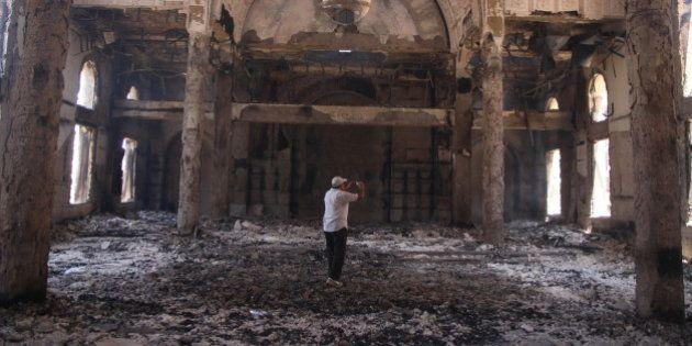 Egitto, 40 chiese bruciate o rase al suolo. L'allarme dei cristiani: