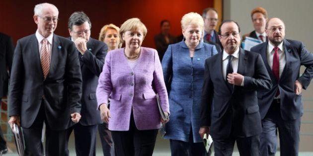 Crisi in Egitto: decine di morti nel venerdì della rabbia. E l'Europa decide che deciderà, rimandando...