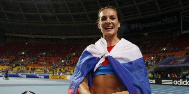 Gianluigi Piras (Pd) insulta Yelena Isinbayeva su Facebook. Poi chiede scusa: