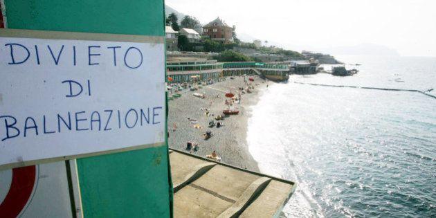 Spiagge italiane, alla ricerca del mare pulito. Goletta Verde e Bandiera Blu danno dati opposti