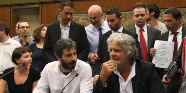 Blog Beppe Grillo polemico con i senatori M5s:
