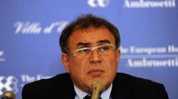 Roubini, l'economista che attaccò Berlusconi, rimane all'asciutto. Niente Jacuzzi