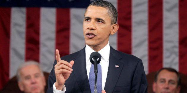 Barack Obama innalza il salario orario minimo per decreto. Mentre in Italia succede il