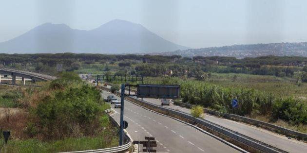 Napoli: i luoghi della camorra. Lago Patria, Mondragone, Giugliano, le dischariche dei rifiuti tossici
