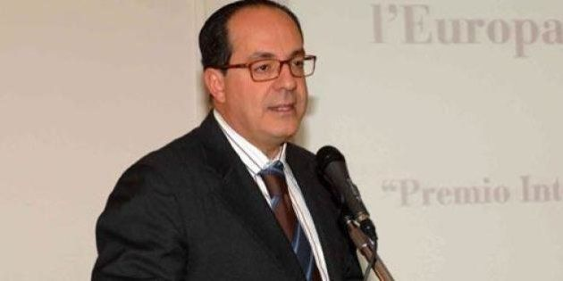 Science for Peace 2013, Paolo De Castro: