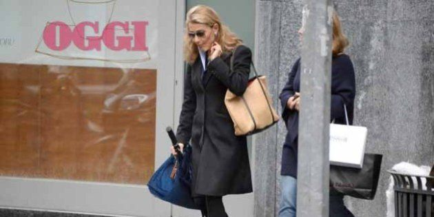 Giulia Ligresti fa shopping nel quadrilatero della moda milanese. Le foto pubblicate da