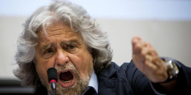 Beppe Grillo sul blog contro Matteo Renzi: