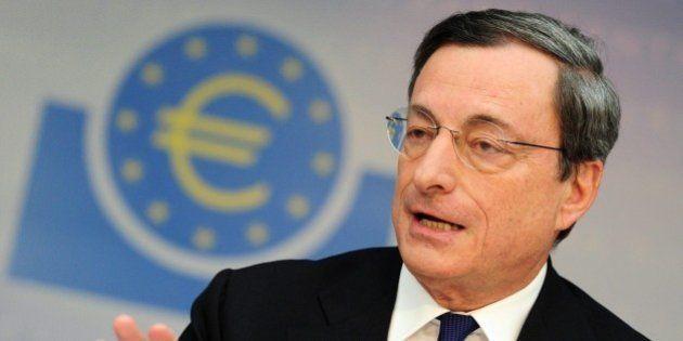 Per il quotidiano Faz la Bce di Mario Draghi studia acquisto bond per 1000 miliardi per far salire