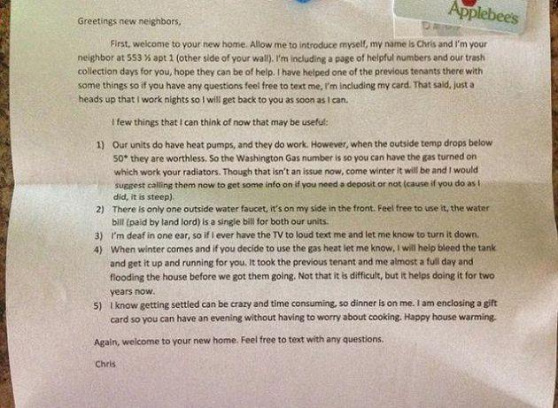 La lettera di Chris il vicino perfetto: il benvenuto alla nuova inquilina pubblicato su Reddit