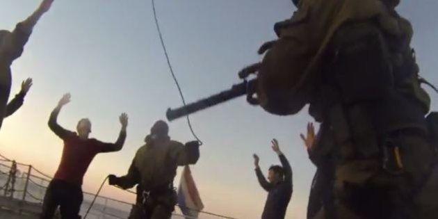 Greepeace, attivisti arrestati in Russia. Le immagini dell'abbordaggio e del sequestro della Arctic Sunrise