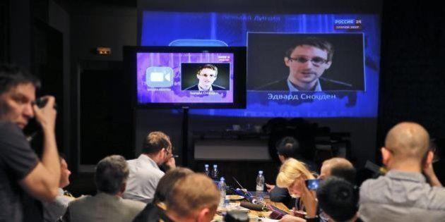 Snowden, il lacchè di