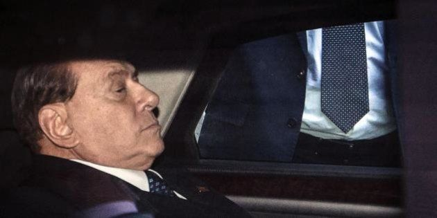 Pdl, Silvio Berlusconi prepara la conta contro Alfano. Ma il vicepremier: