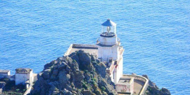 Ponza: l'isola fragile è green e