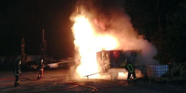 No Tav, Val di Susa: tre attentati nella notte. A fuoco tre betoniere. La reazione di Lupi