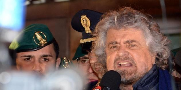 Guerra Ucraina, Beppe Grillo sul blog: