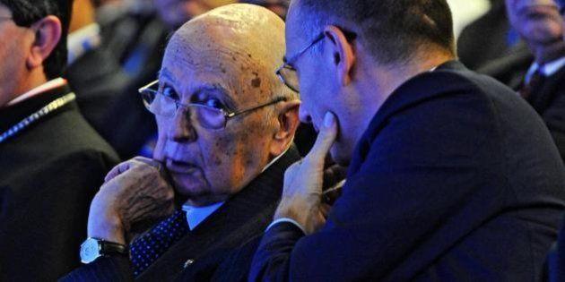 Giorgio Napolitano riceve Enrico Letta: si cerca la trattativa con Renzi. Ma il sindaco: Aspetto le primarie