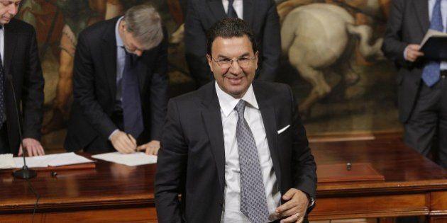 Antonio Gentile sottosegretario nella bufera. Guerini (Pd):