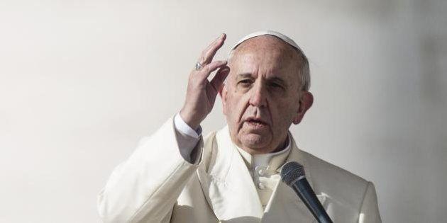 Papa Francesco. Dopo l'Italicum, l'Episcopum: Bergoglio voleva l'elezione diretta, la Cei propone una...