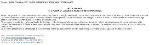 M5s, parlamentari 5 Stelle consegnano mozione sul reddito di cittadinanza all'Unione europea. Ma sbagliano