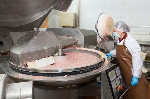 ΗΠΑ: Εργαζόμενη σε εργοστάσιο κρέατος βρέθηκε νεκρή μέσα στη μηχανή του