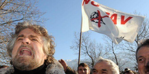 Beppe Grillo condannato a 4 mesi per la violazione dei sigilli di un presidio No Tav in Val