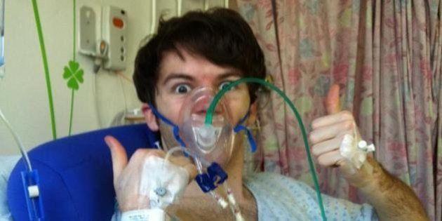Stephen Sutton, il ragazzo di 19 anni malato di cancro raccoglie un milione di sterline per aiutare la...