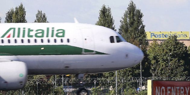 Fra Alitalia ed Etihad è ancora stallo. Gabriele Del Torchio illustra situazione ai sindacati, ma i nodi