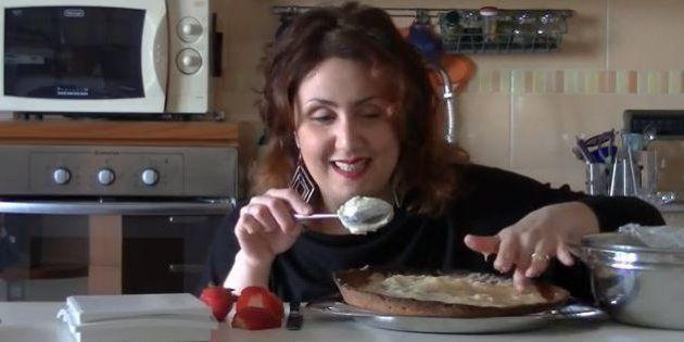 Le video ricette di Lucia, ragazza non vedente di Portici che insegna a cucinare su Youtube