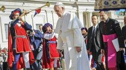 Bergoglio come Draghi abbassa il
