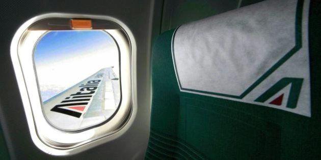 Alitalia, il governo convoca i sindacati per parlare del nuovo piano. Le Figaro:
