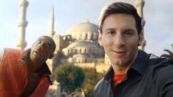 Lionel Messi sfida Kobe Bryant (FOTO,