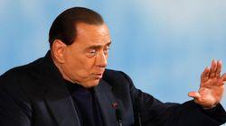 Club Forza Silvio, il nuovo che avanza ha i capelli brizzolati: truppe cammellate dal Sud, pochi giovani e tanti